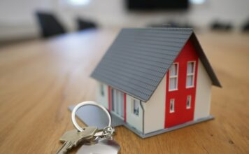 Can you roll a home equity loan into your mortgage?